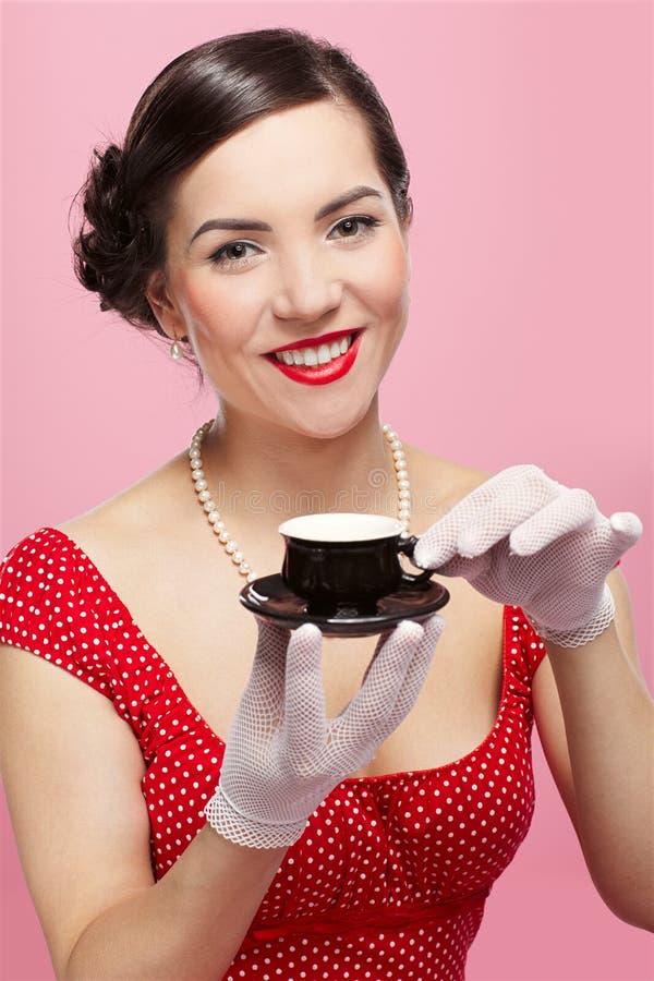 filiżanki dziewczyny herbata obraz stock