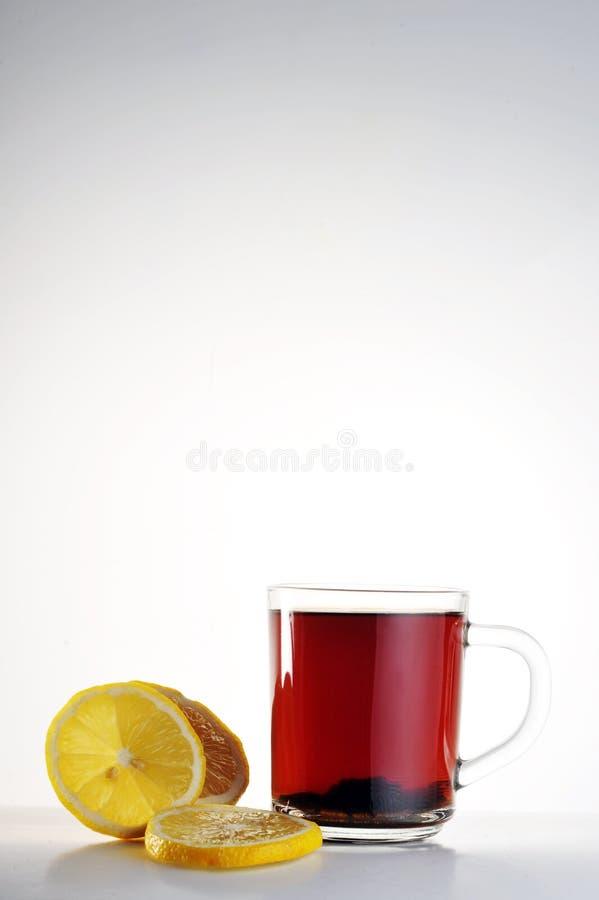 Download Filiżanki cytryny herbata obraz stock. Obraz złożonej z filiżanka - 13333279