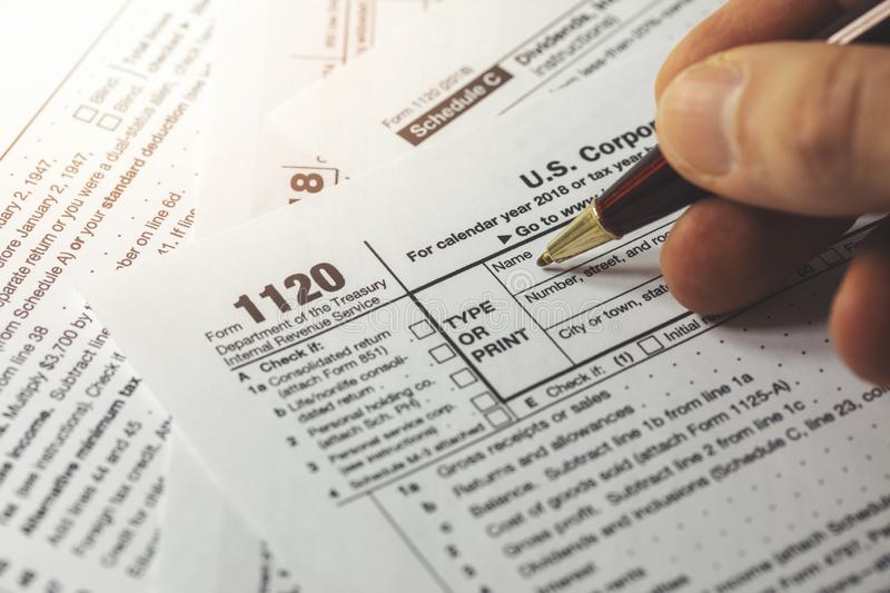 Form 1120 Corporate Tax Return With Calendar, Calculator