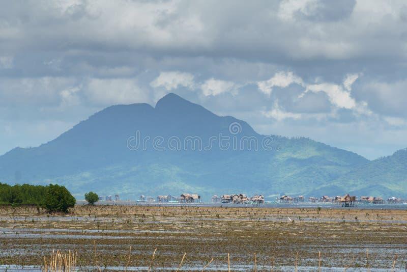 Filipińska wioska na wodzie zdjęcie stock