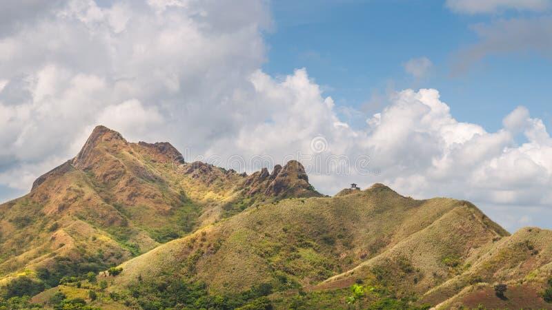 Filipińskie góry: Góra Batulao zdjęcia royalty free