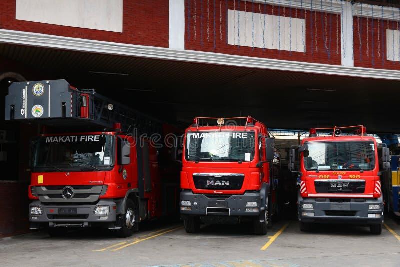 Filippijnen steken vrachtwagens in brand royalty-vrije stock afbeelding