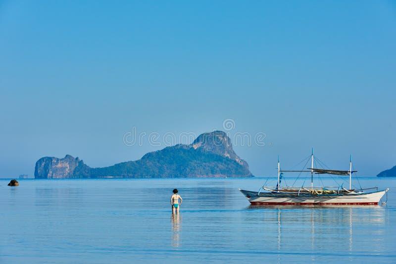 Filippinerna för Marimegmeg strandEl Nido Palawan royaltyfria foton