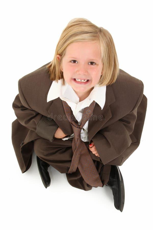 Fille adorable de 7 ans dans le procès photo stock