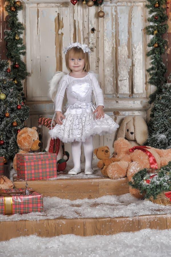 Fille angélique photo libre de droits
