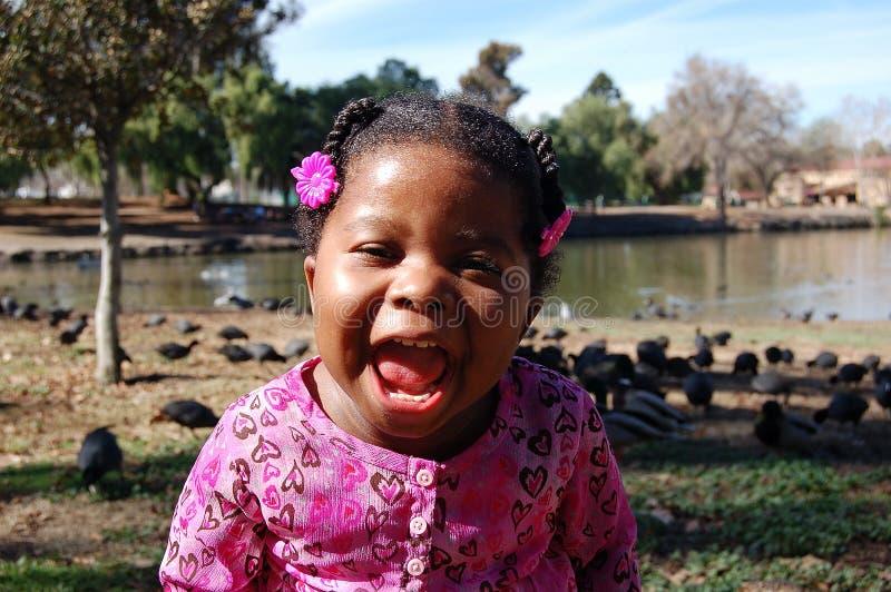 Fille au lac 2 image libre de droits