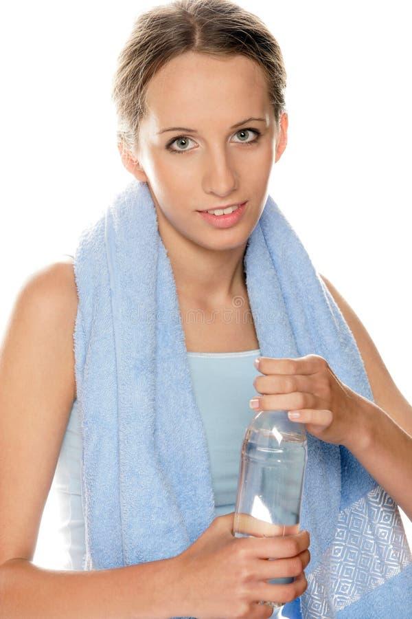 Fille avec de l'eau en bouteille images stock