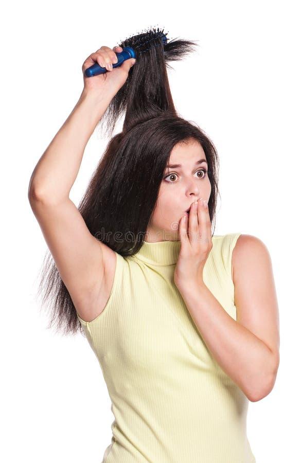 Fille avec le hairbrush photos libres de droits