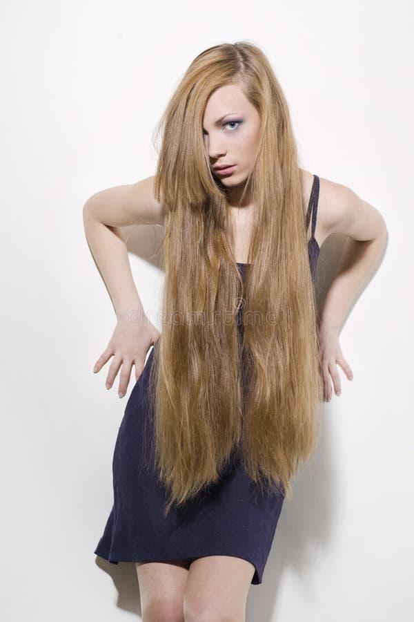 Fille avec le long cheveu photo stock