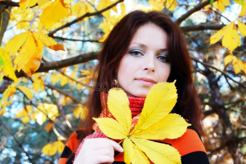 fille d'automne photo stock