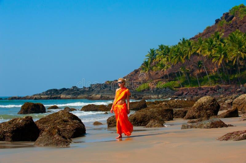 Fille dans Goa image libre de droits