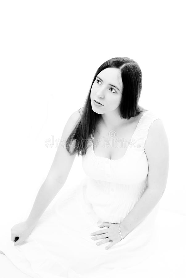 Fille dans la robe blanche photographie stock libre de droits