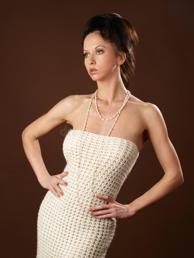 Fille dans la robe de laine photo libre de droits