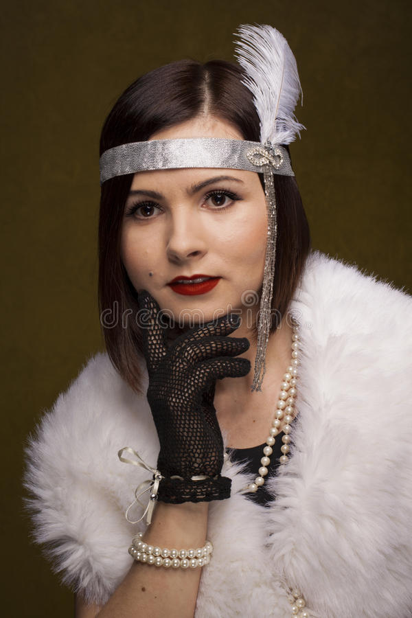 Fille dans le style gatsby photo stock