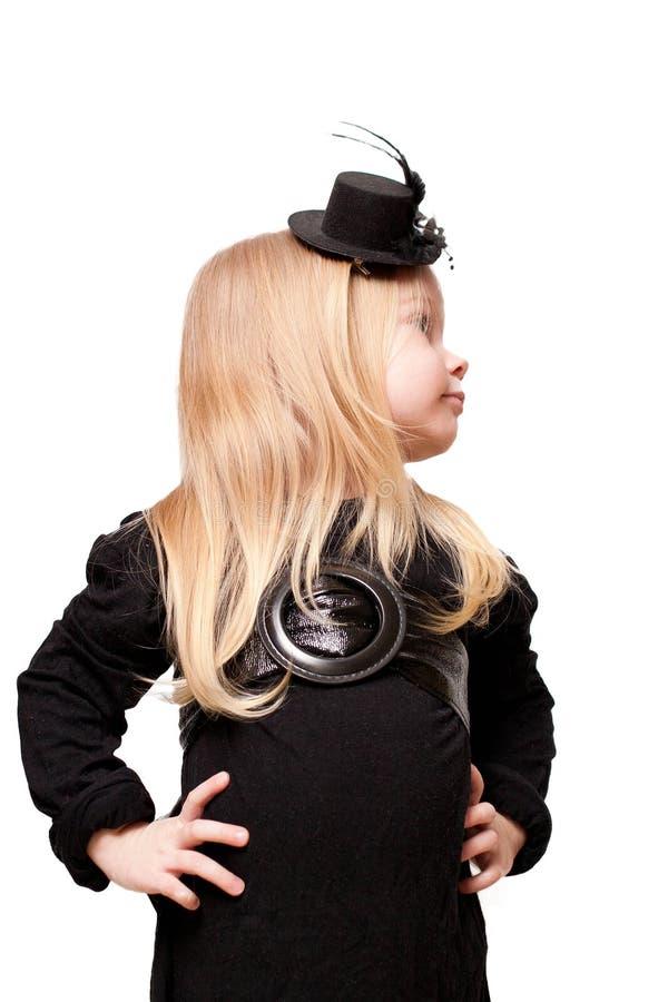 Fille dans un chapeau noir photos stock