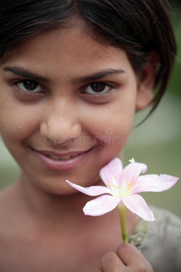 Fille de fleur photo libre de droits