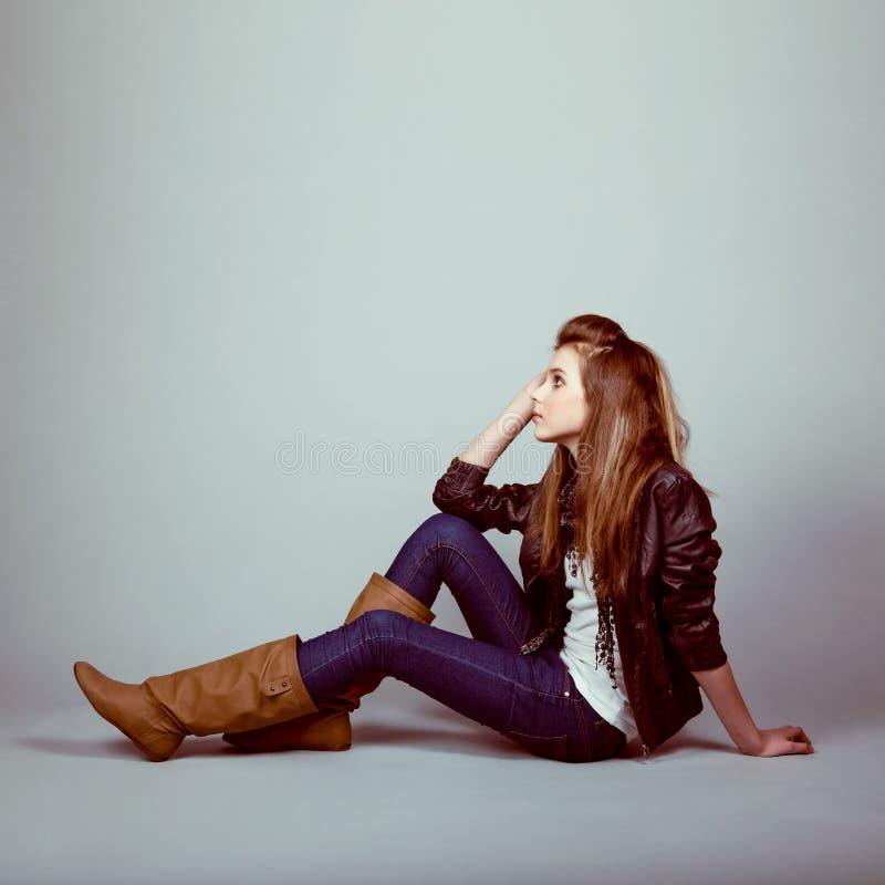 Fille de l'adolescence de modèle de mode image stock