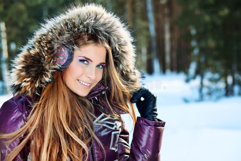 Fille de l'hiver photo stock