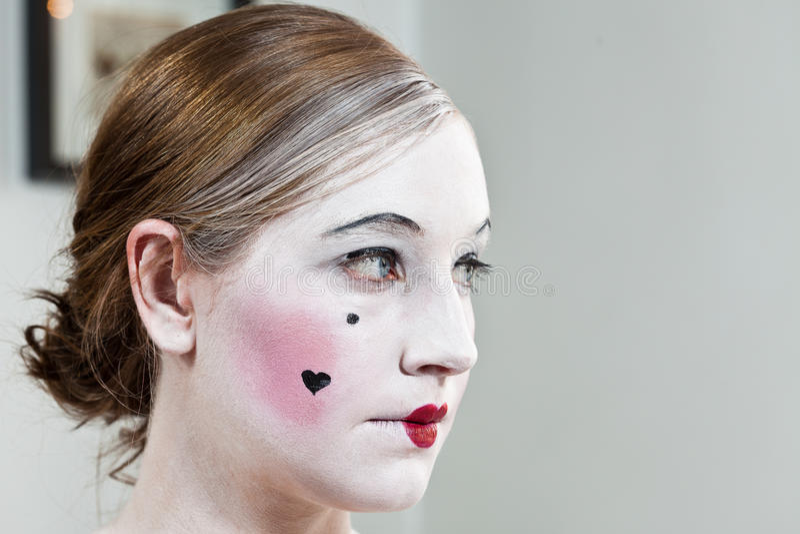 Fille de maquillage théâtrale du 18ème siècle photographie stock libre de droits