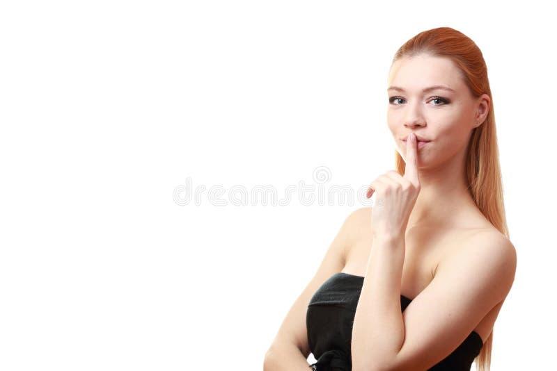 Fille de pensée Fermez-vous vers le haut de la verticale Jeune modèle blond femelle image libre de droits