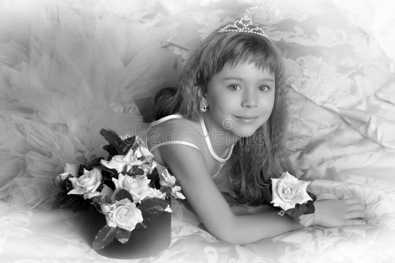 Fille de photo de vintage avec des roses photo stock