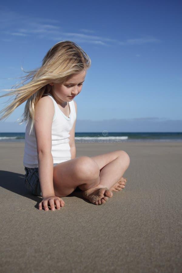 Fille de plage. images stock
