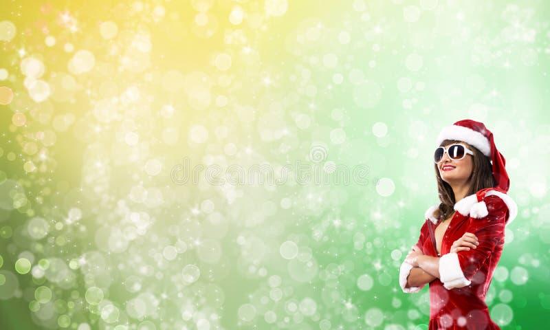 Fille de Santa dans le costume image stock