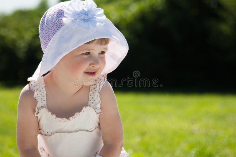 Fille de sourire photo stock
