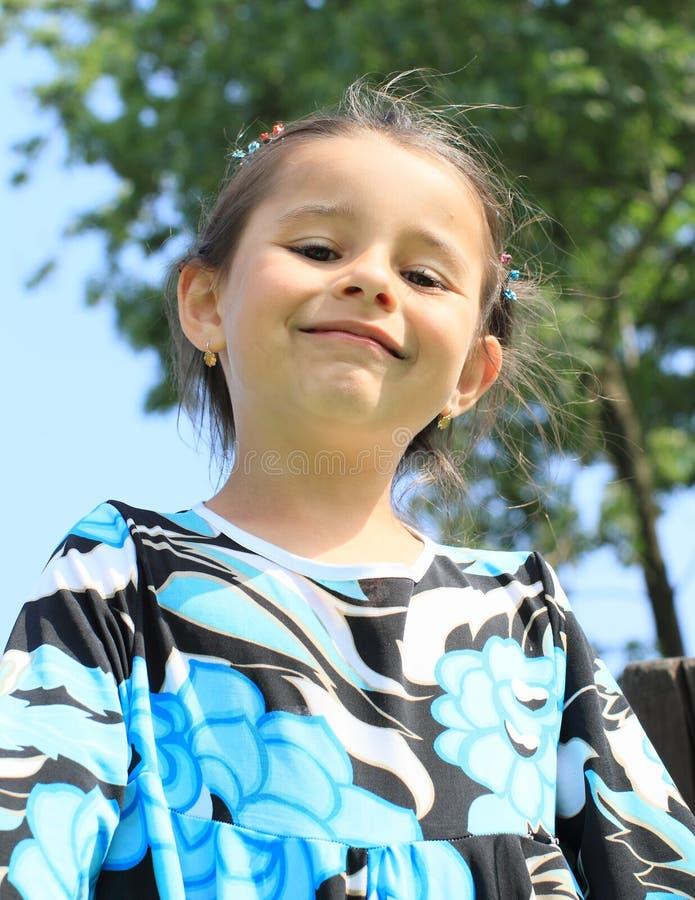 Fille de sourire de portrait images libres de droits