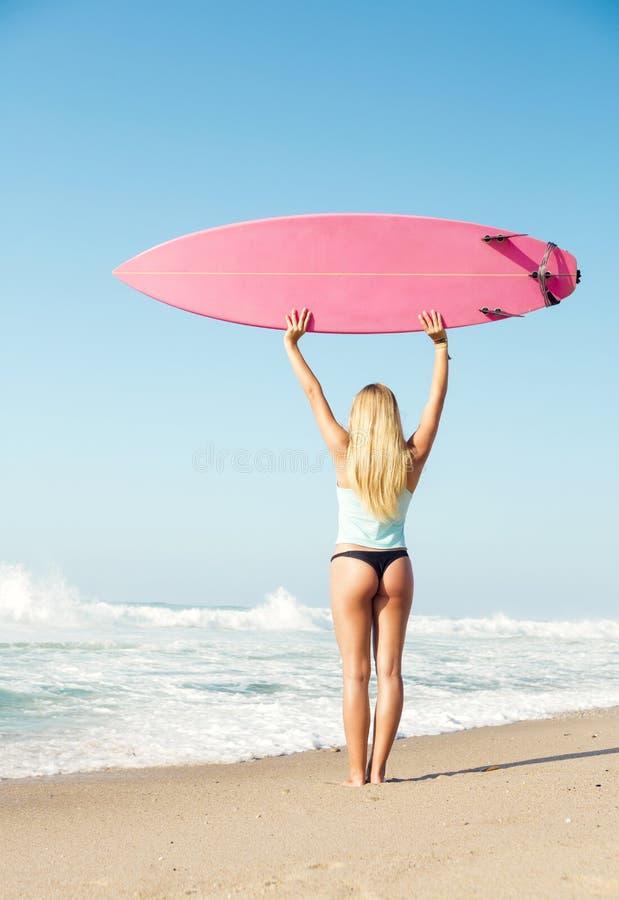 Fille de surfer de Blode photo libre de droits
