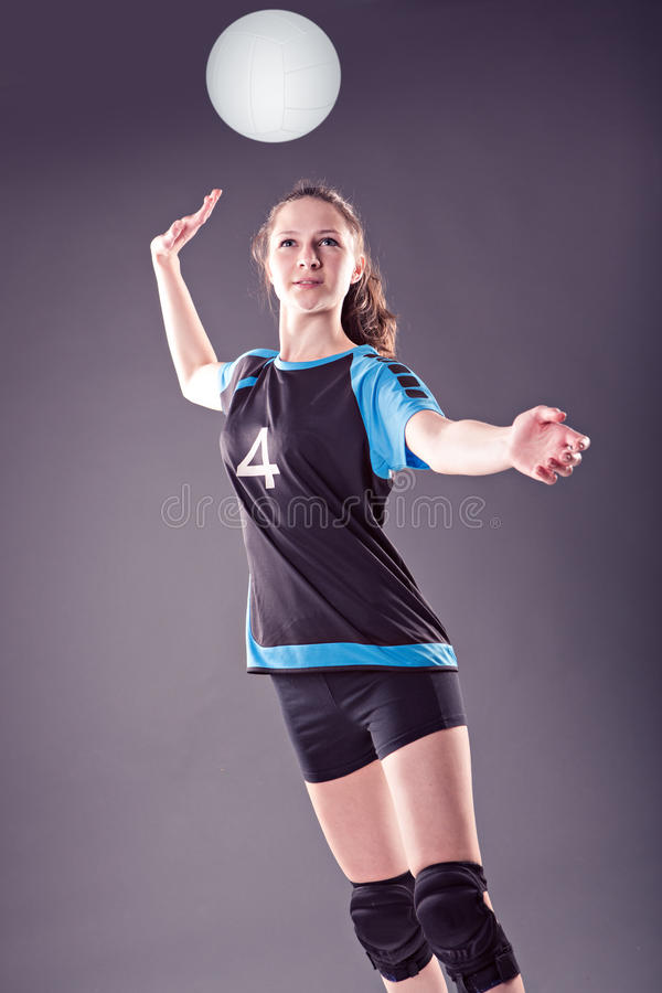 Fille de volleyball photographie stock