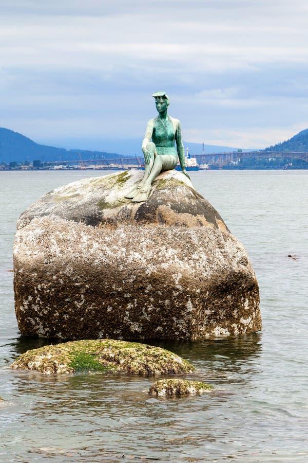 Fille en statue de Wetsuit chez Stanley Park, Vancouver photo stock