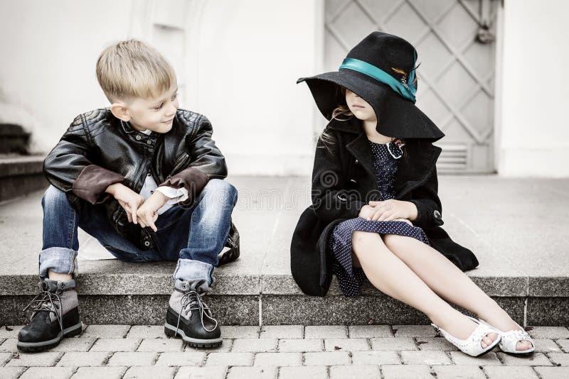 Fille et garçon photo libre de droits