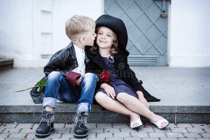 Fille et garçon photo stock