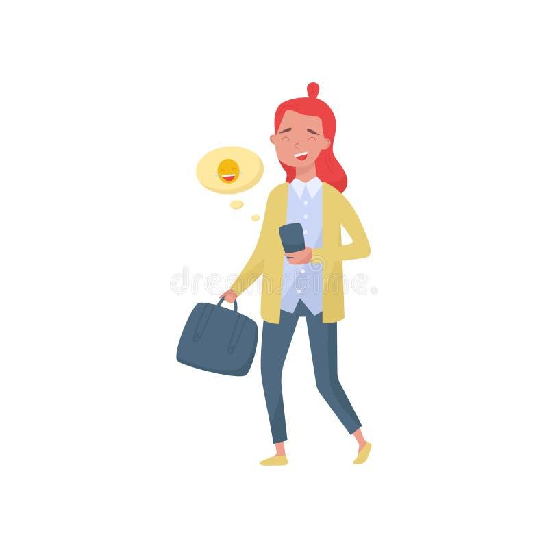 Fille gaie d'adolescent marchant avec le smartphone et le sac à disposition Nuage avec l'emoji riant Thème social de media plat illustration stock