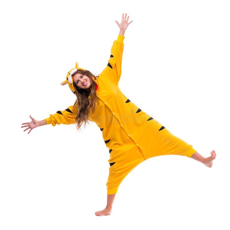 Fille habillée comme tigre photographie stock libre de droits