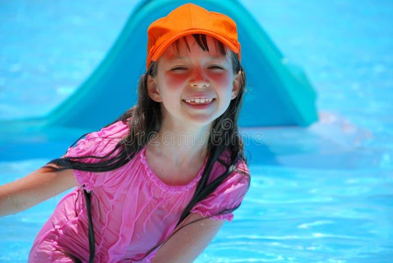Fille heureuse des vacances photos libres de droits