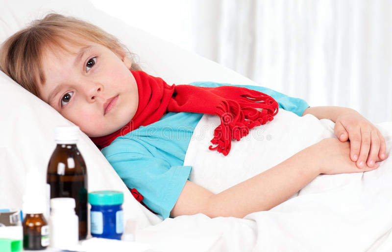 Fille malade image stock