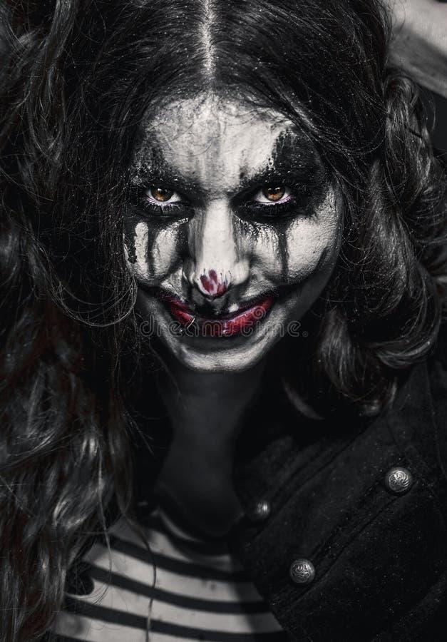 Fille mauvaise effrayante de clown photos libres de droits