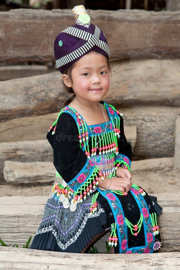 Fille mignonne du Laos Hmong photo stock