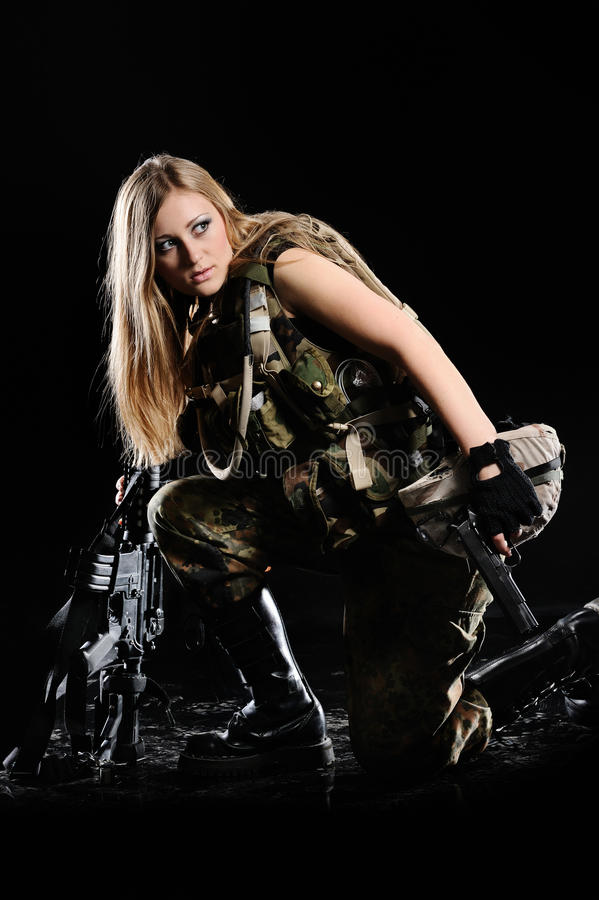 Fille militaire sexy photographie stock