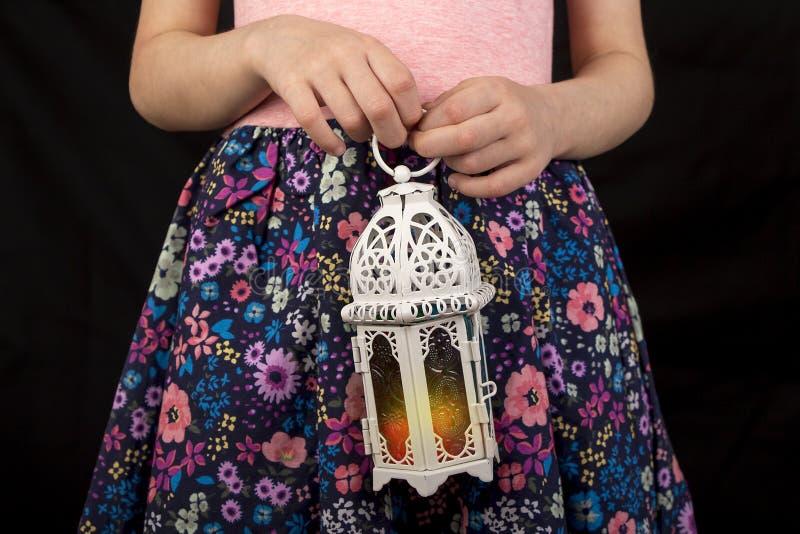 Fille musulmane dans Ramadan photo stock
