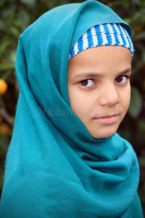 Fille musulmane mignonne image libre de droits