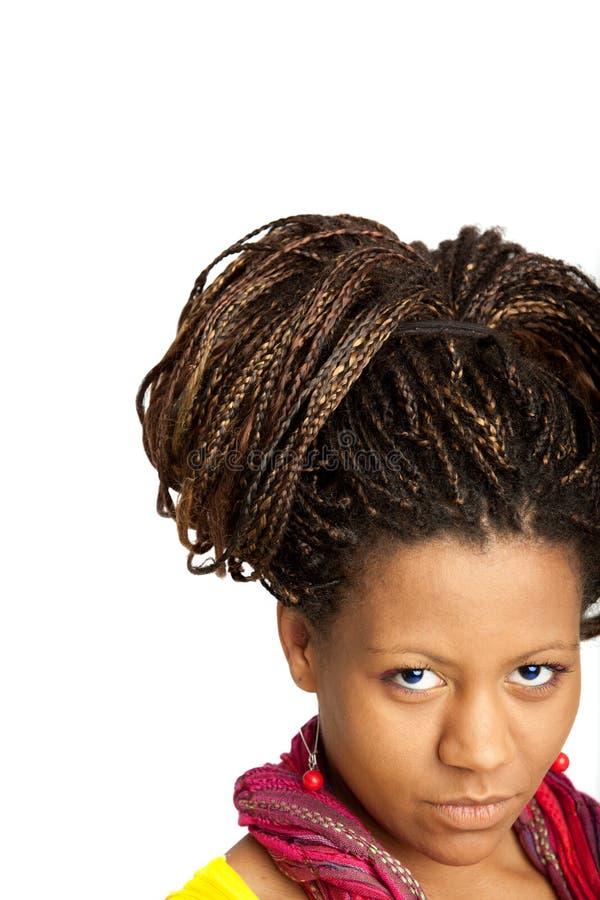 Fille noire avec la coiffure exotique photos stock