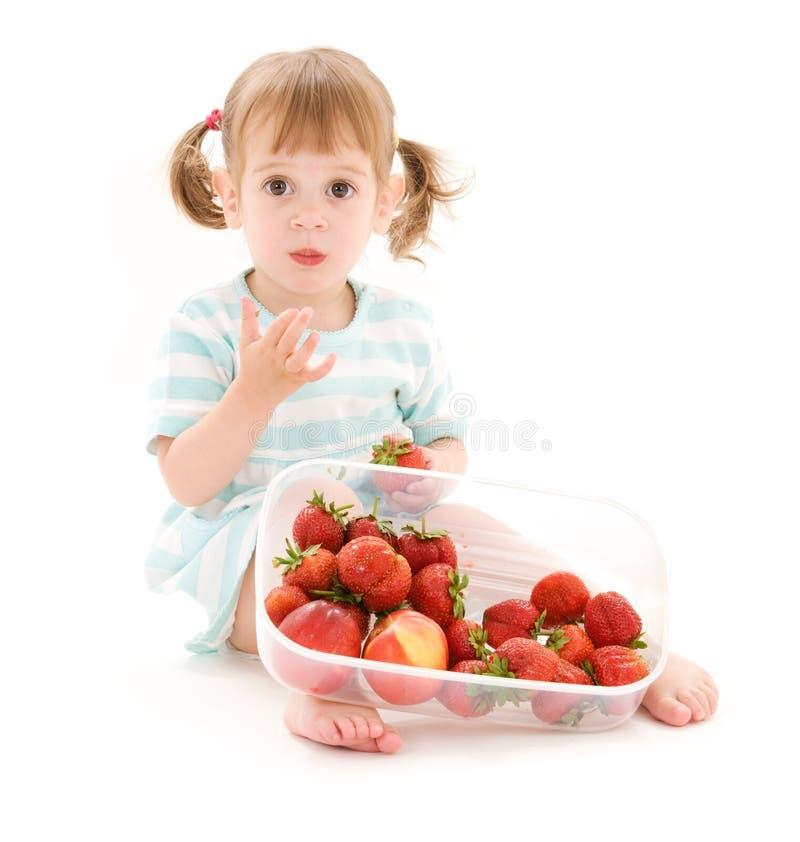 fille peu de fraise images libres de droits