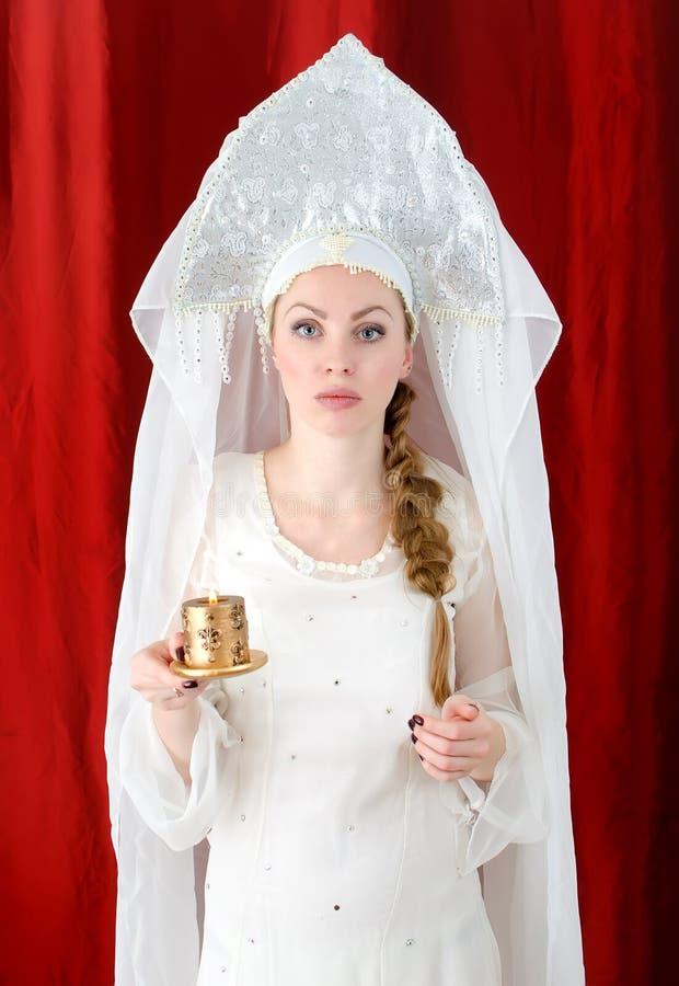 Fille russe dans le costume traditionnel photos libres de droits