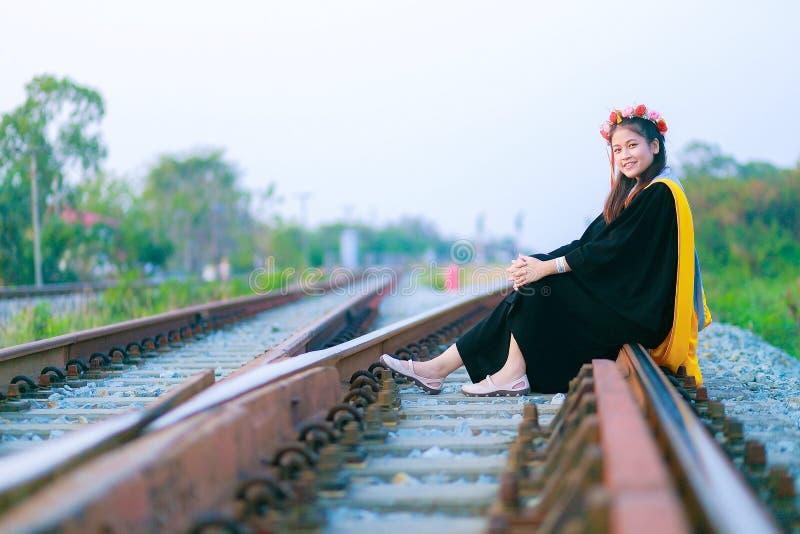 Fille thaïlandaise dans le jour de répétition photographie stock