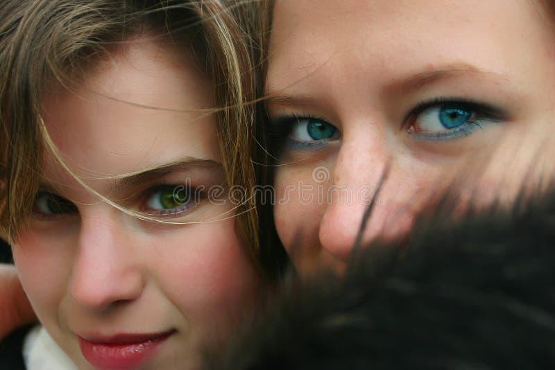 Download Filles photo stock. Image du couleur, beauté, couples, oeil - 729590
