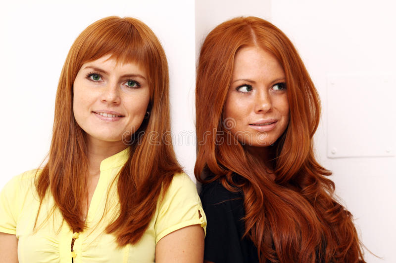 Filles Red-haired photographie stock