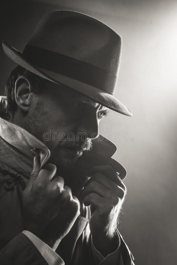 Free Film Noir Detective Portrait Royalty Free Stock Photo - 56613765